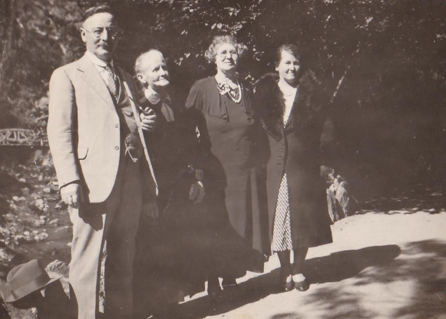 Hill Photos 1920's Family